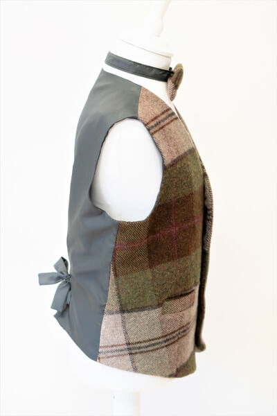 Love Mo Chuisle - Boys 6 Autumn plaid waistcoat €69.95