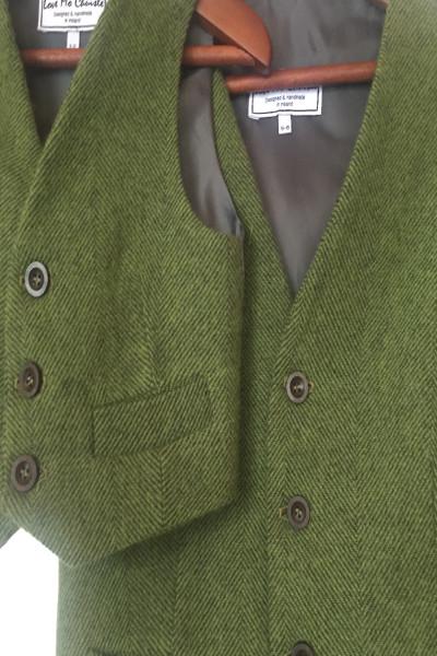 Love Mo Chuisle - BoysGreen herringbone close-up waistcoat €69.95