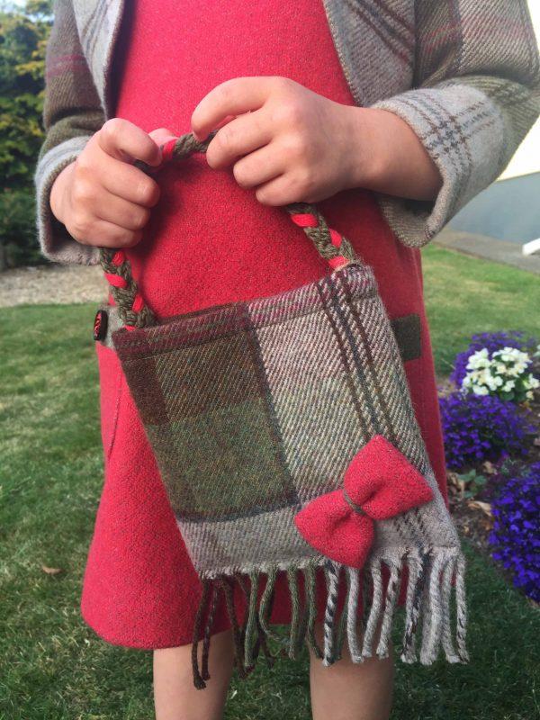 Girls Irish tweed bag autumn plaid and raspberry1 scaled Girls Irish Tweed bag in autumn plaid with raspberry bow