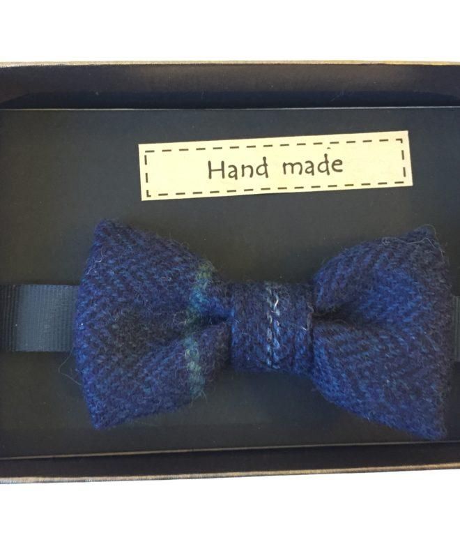 Boys navy bow-tie