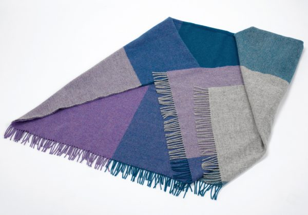 Tweed in the valley lambswool throw mauve Lambswool Throw Mauve