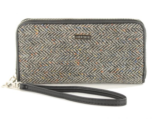 Tweed in the valley mucros tweed purse black speckle €39 Mucros Tweed Purse Black Speckle