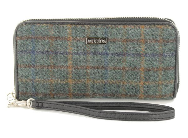 Tweed in the valley mucros tweed purse green plaid €39 Mucros Tweed Purse Green Plaid