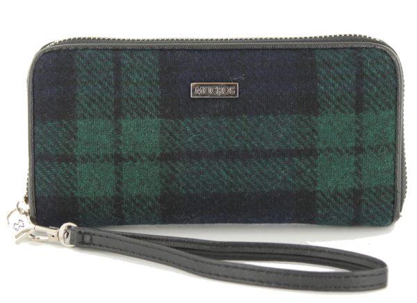 Tweed in the valley mucros tweed purse navy green plaid €39 Mucros Tweed Purse Navy Green