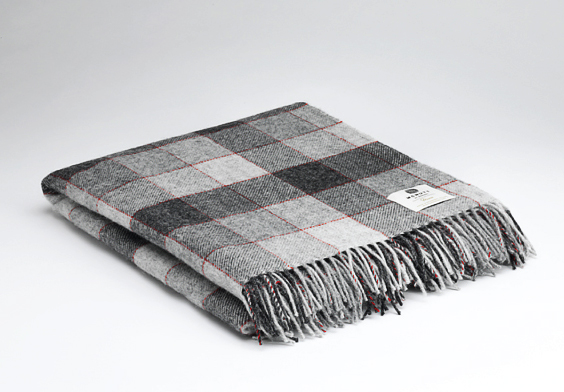 Tweed in the valley pure wool throw charcoal raspberry check Pure Wool Throw Charcoal & Raspberry Check