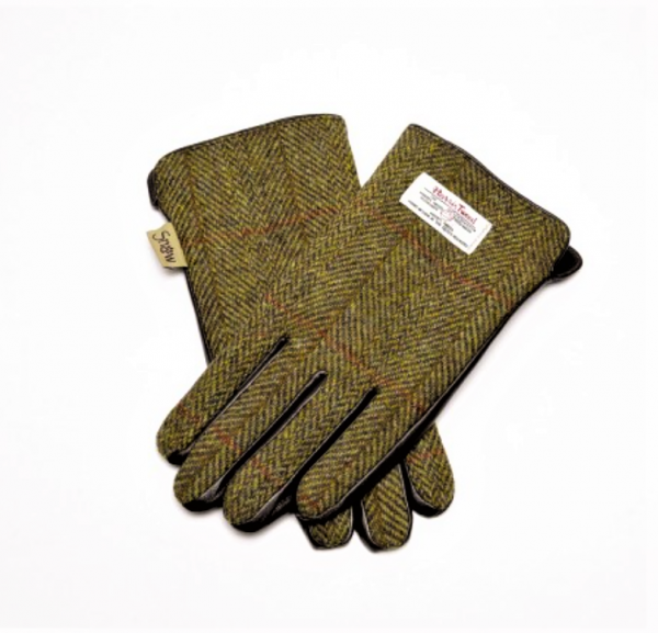Tweed in the Valley 1 green plaid Harris Tweed size Medium Large€39 Green Plaid Harris Tweed