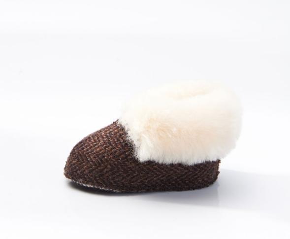 Tweed in the valley Snow Paw brown herringbone baby boot 6 12 months €29.95 Brown Herringbone Baby Boot 6 12 Months