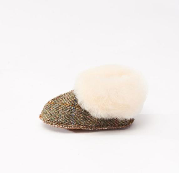 Tweed in the valley Snow Paw green herringbone baby boot 6 12 months €29.95 Green Herringbone baby boot 6-12 months
