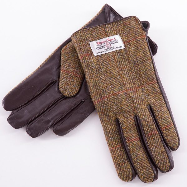 Tweed in the valley mens chestnut harris tweed gloves back view size Medium Large €45 Mens Chestnut Harris Tweed Gloves