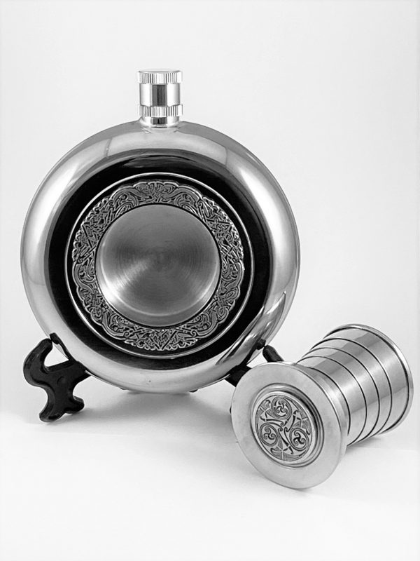 Flask with expandable cup